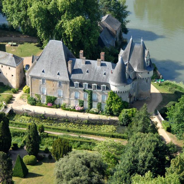 Guy Durand - photographe30 rue Julien Bodereau 720000 Le Manstél 02 43 82 72 03 & 06 16 97 23 04