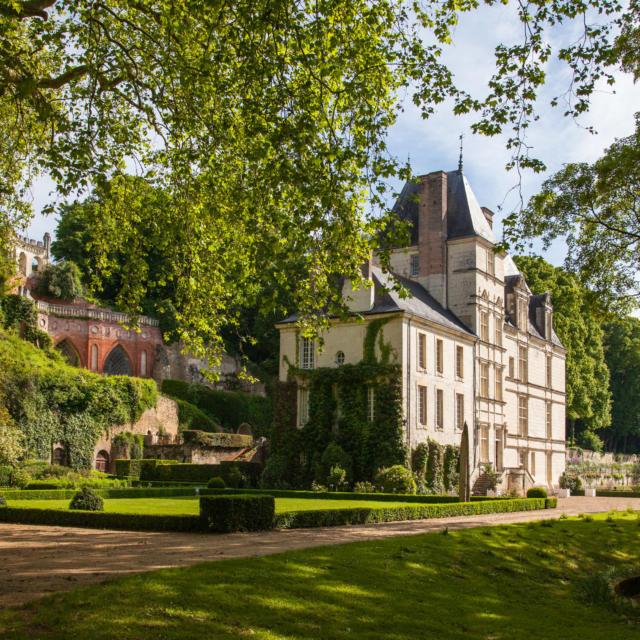 Château de Poncé-sur-le-Loir (72)