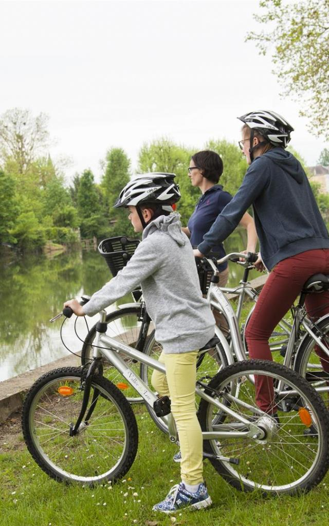 Ballade à vélo dans La Flèche au bord du Loir
