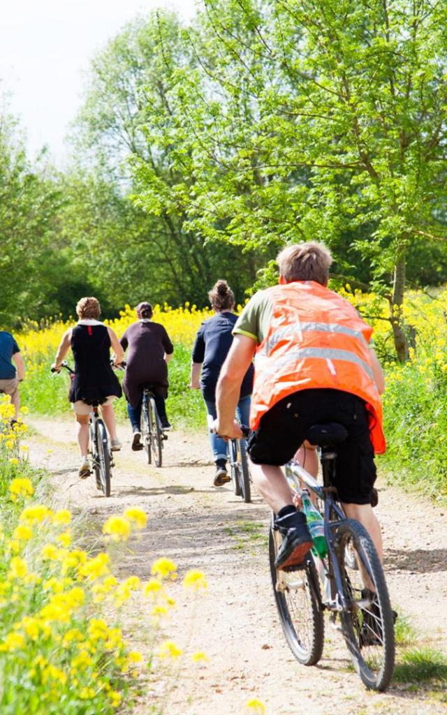 Promenade à vélo au bord du Loir